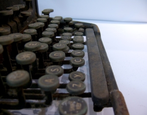 typewriter in profile. Image courtesy of stock.xchng®